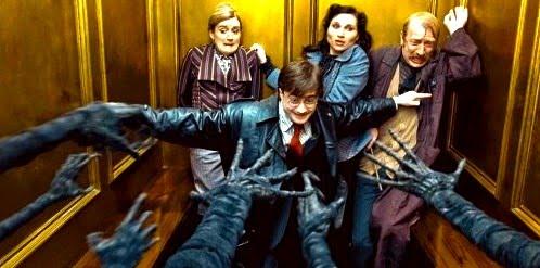 Elevator-Dementor-Hands